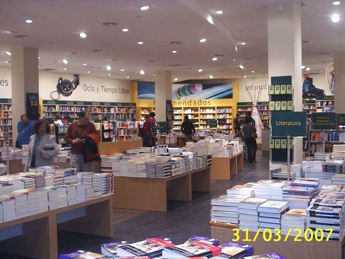 Librería Casa del Libro C.C. La Salera, local C-53
