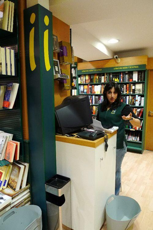 Librería Casa del Libro Velázquez, 8-Sevilla